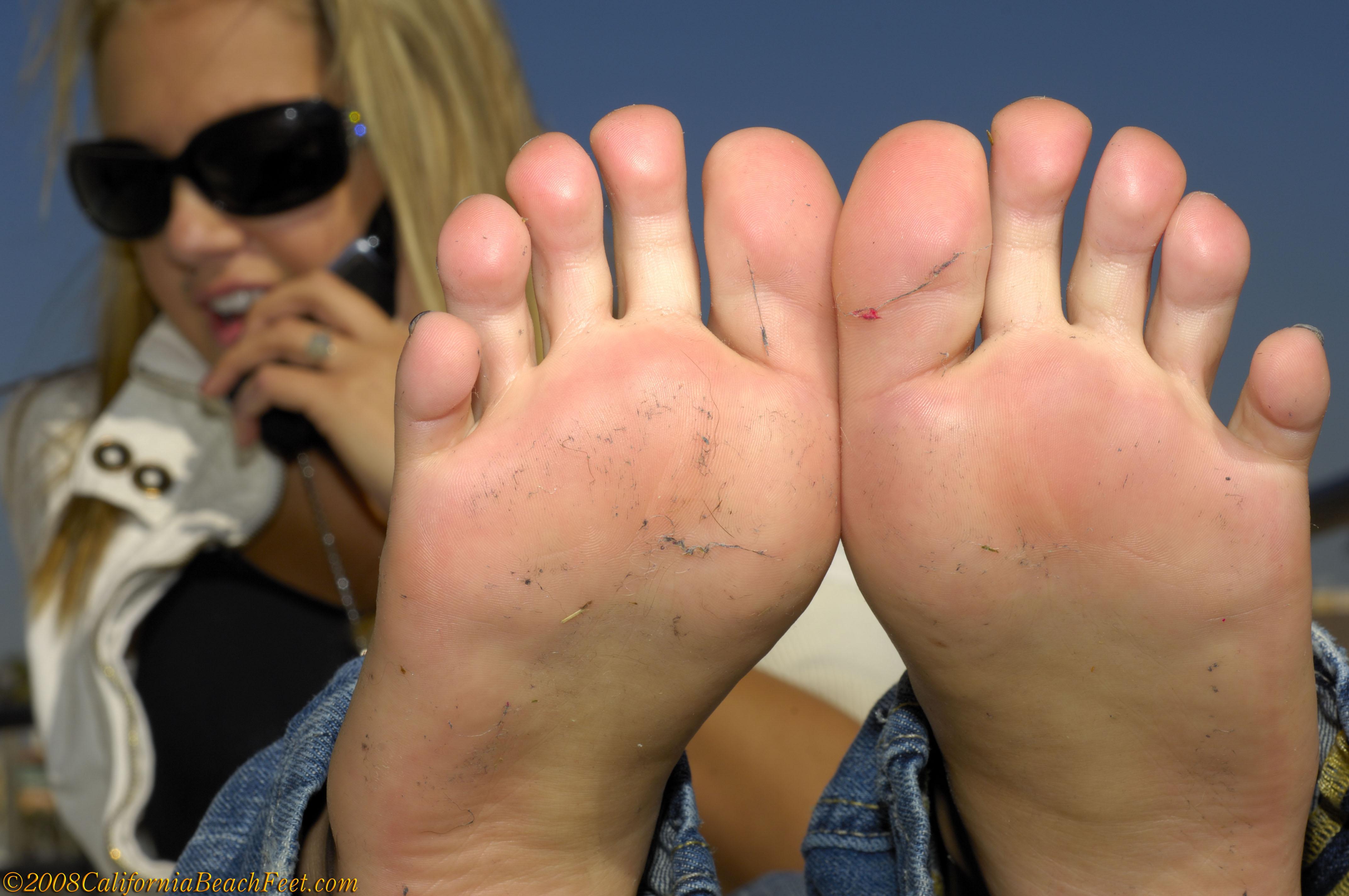 california beach feet pics